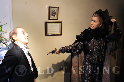 A recreation of Charles Augustus Milverton and his surprise assailant