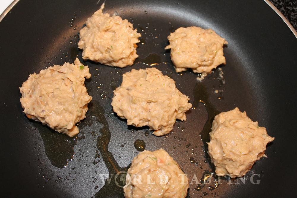 Quick Saturday Recipe: Mini Salmon Burgers