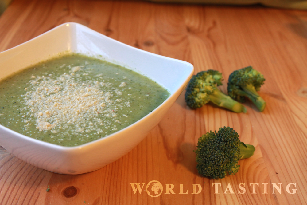 Spicy creamy broccoli soup, a healthy recipe
