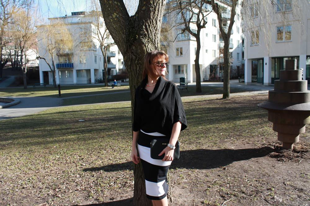 Black & White with ASOS Pencil Skirt and Michael Kors Jetset Crossbody