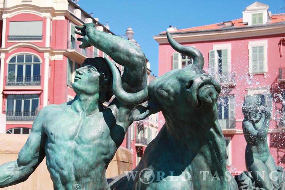 Detail - Fontaine du Soleil - Pl. Massena - Nice France