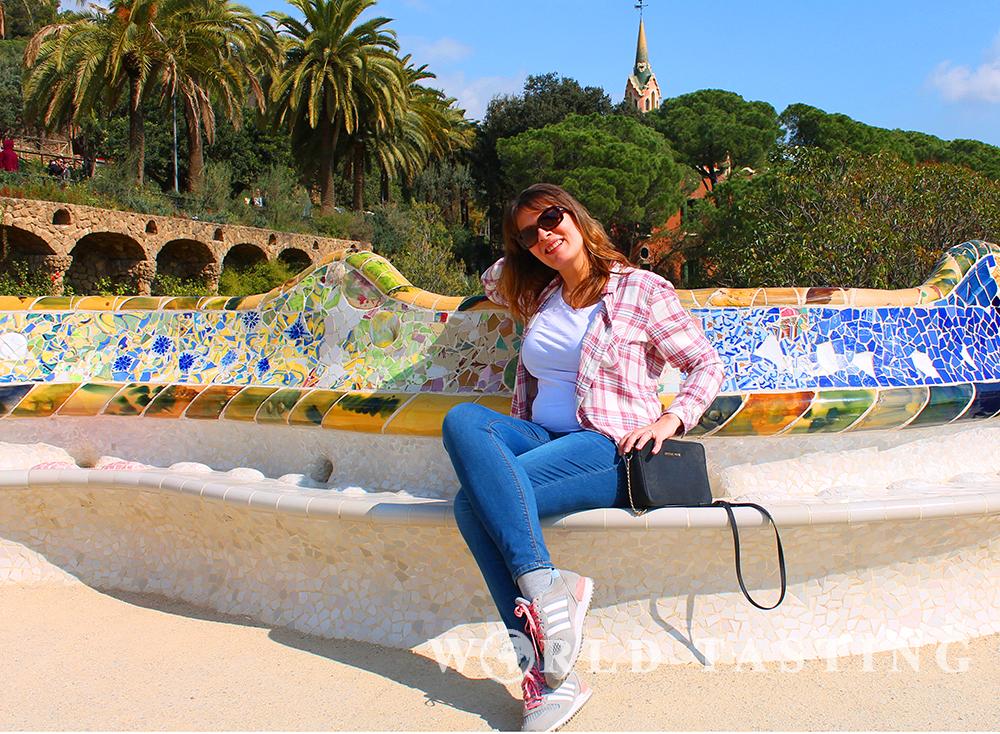 gaudi-barcelona-park-guell-1-sat
